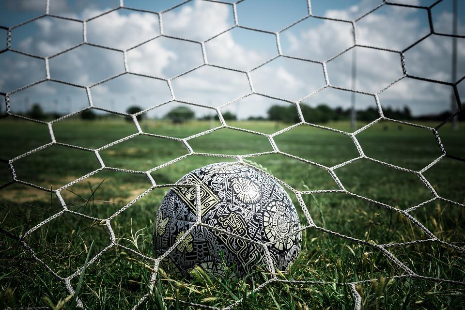 Calcio Eccellenza 2021 Toscana 25 aprile, rinviato un match nel Girone